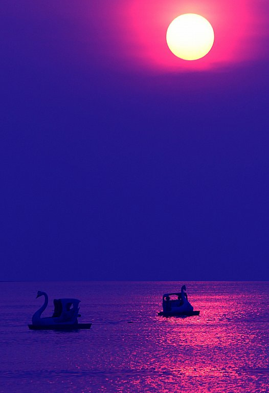 Photograph SUNSET HO TAY by Tuan Nguyen Anh on 500px