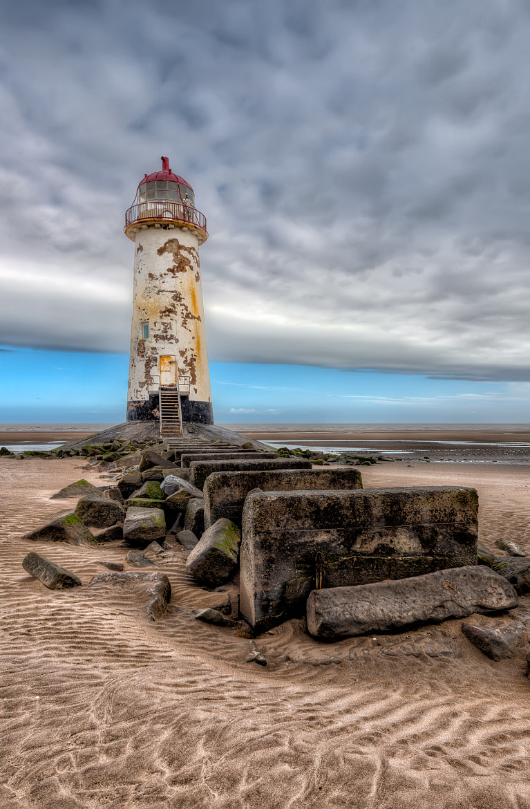 Photograph Abandoned lighthouse by Adrian Evans on 500px
