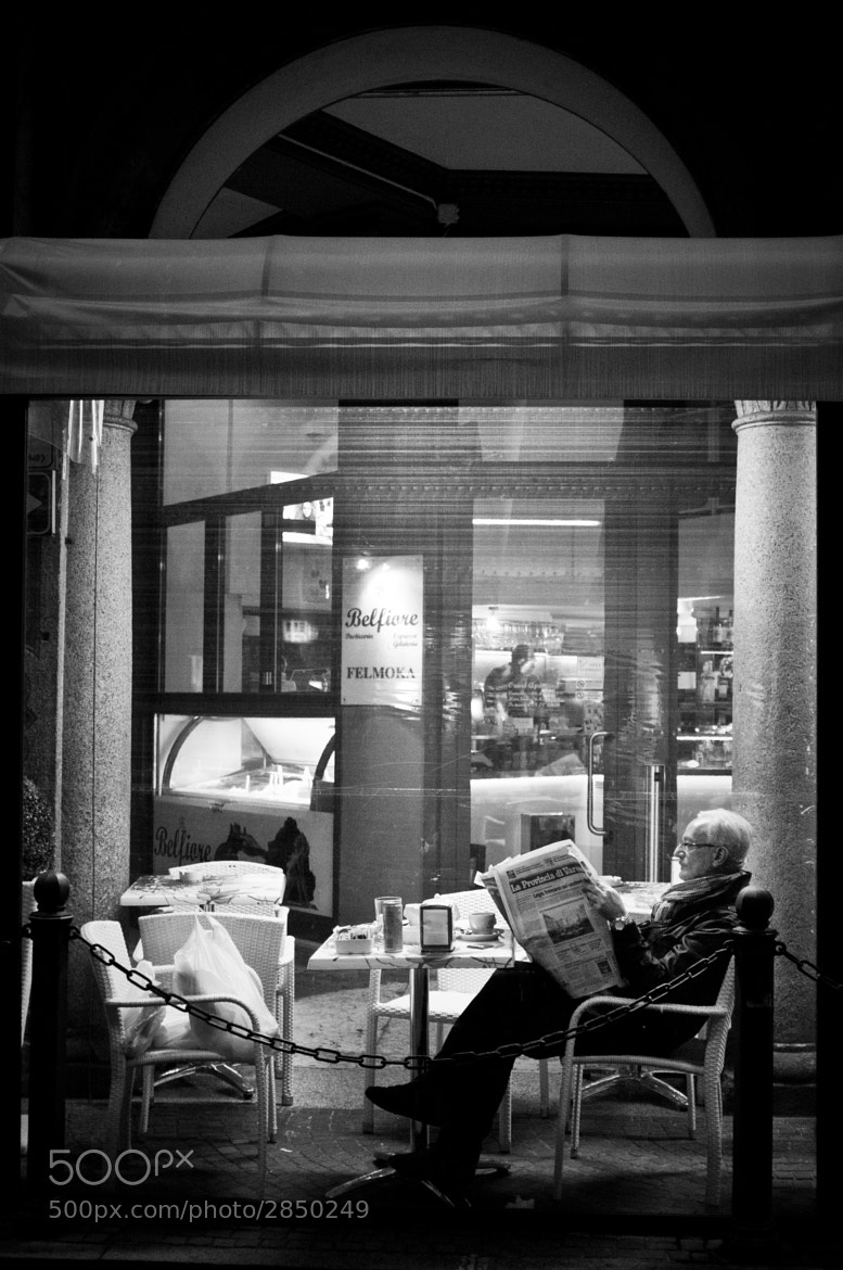 Photograph Night news by Emanuele  Toscano on 500px