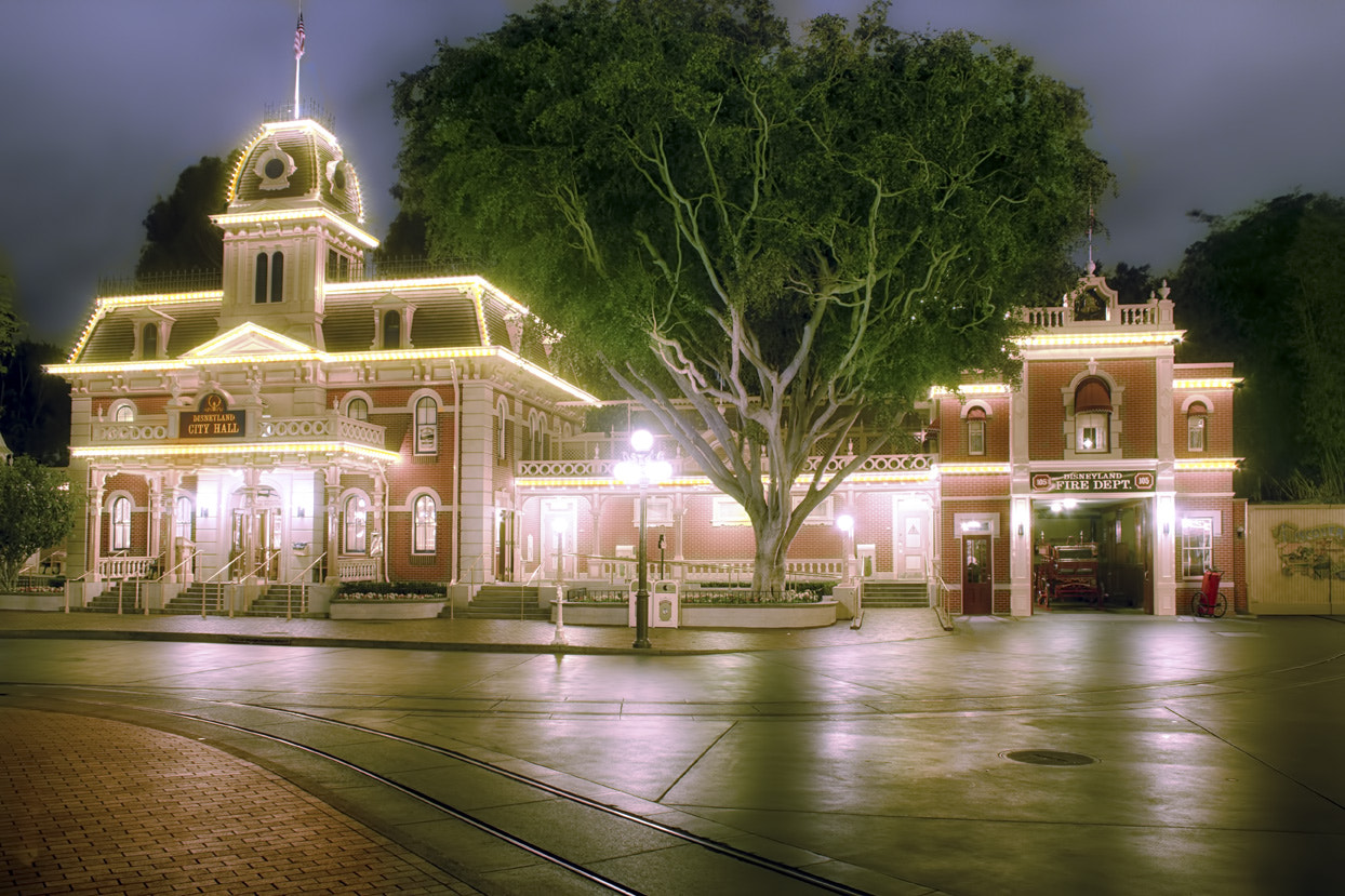 Photograph Disnyland City Hall by Chris Stout on 500px