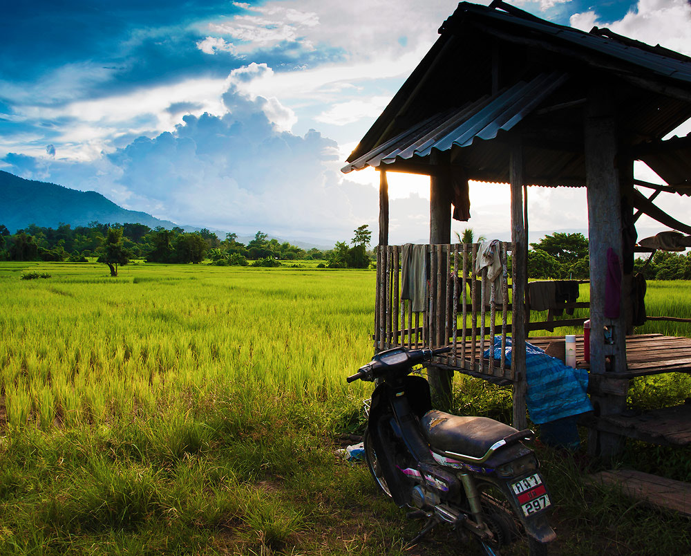 Photograph Farmer hut with blue sky by Jakrapong Sombatwattanangkool on 500px