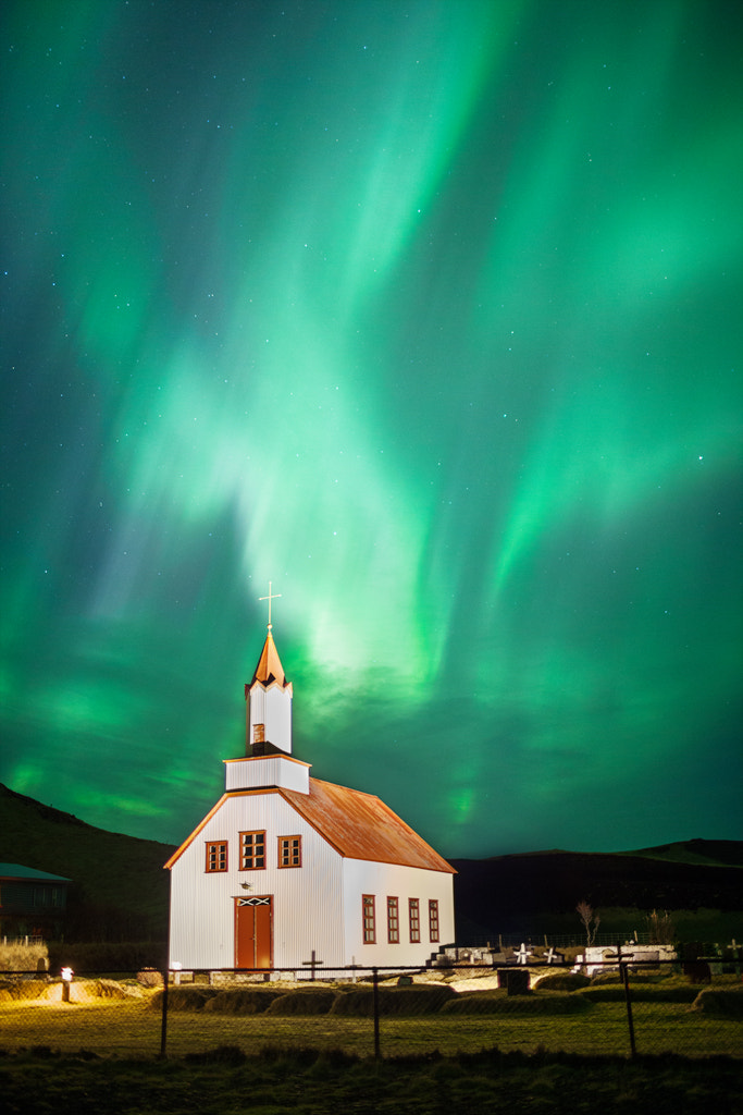 Photograph Aurora Borealis, Vik, Iceland by Simon Byrne on 500px