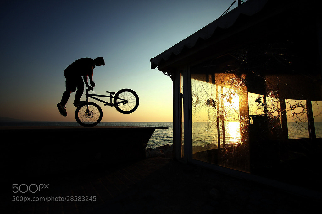 Photograph Sunset whip by ronny rsp on 500px