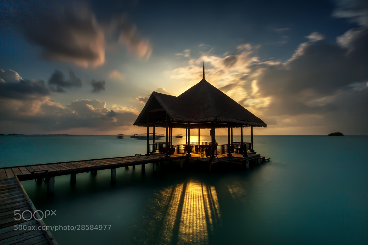 Photograph The pier by Arthit Somsakul on 500px