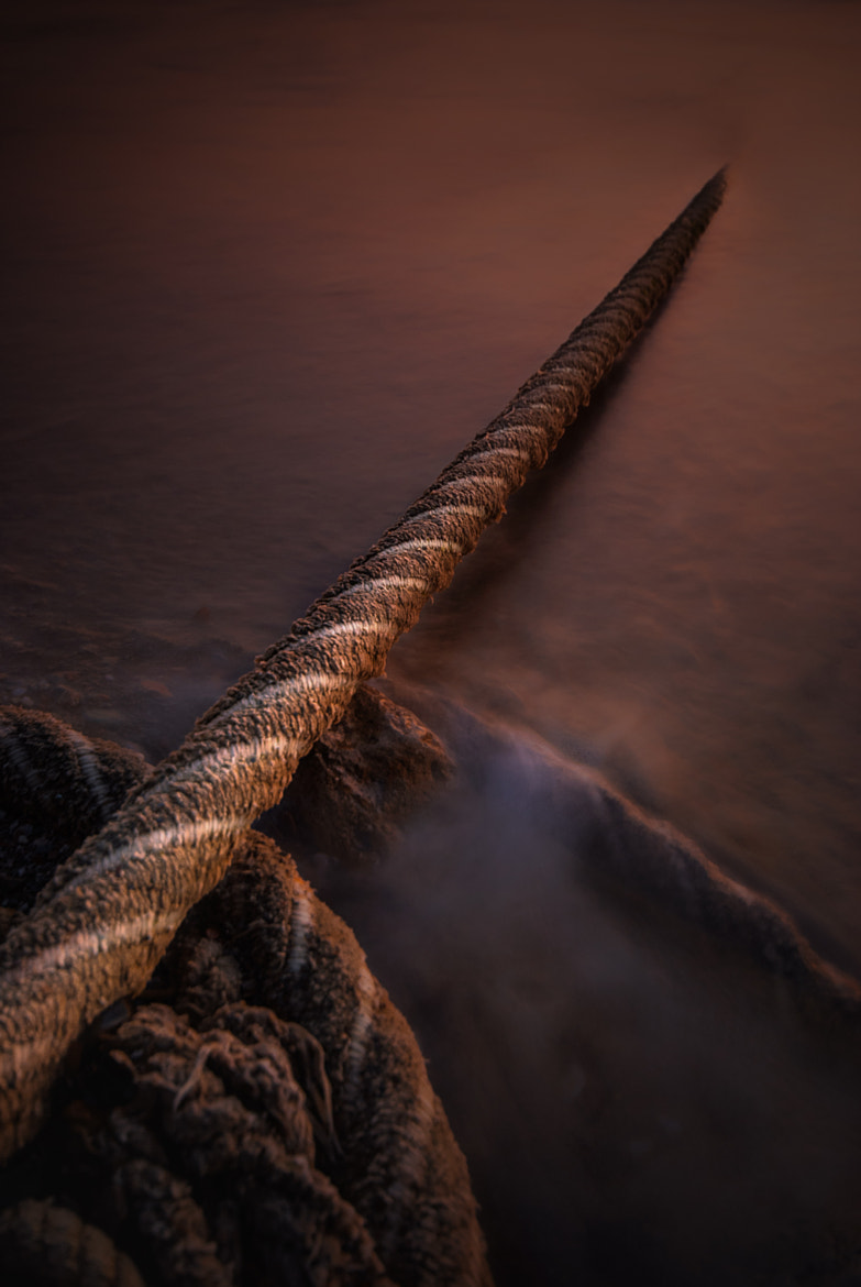 Photograph pulling the string by Fernando Crego on 500px