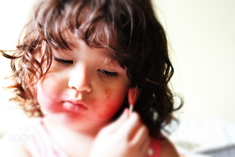Photograph Daughter makeup by Rodrigo Capulleto on 500px