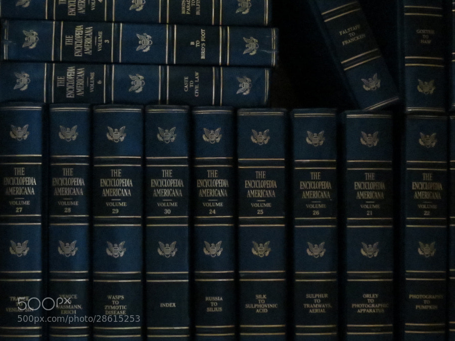 Dark Blue   the Encyclopedia Americana
