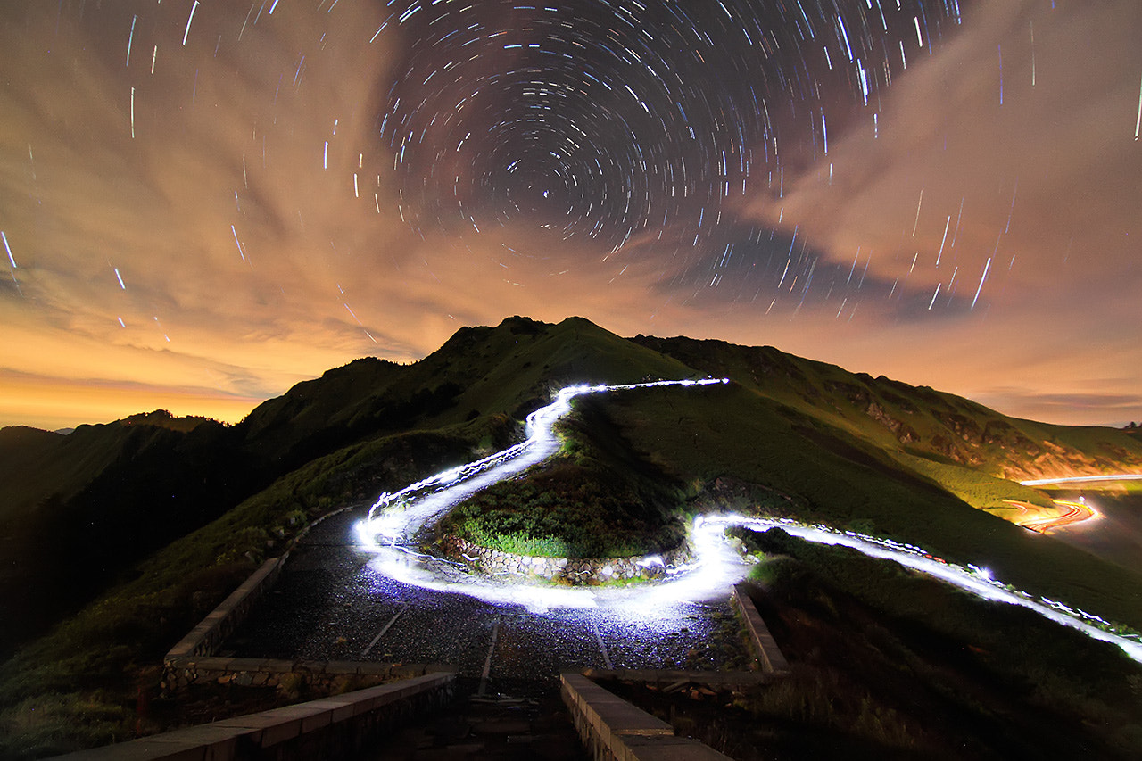 Photograph Stars trails by 憲龍 周 on 500px