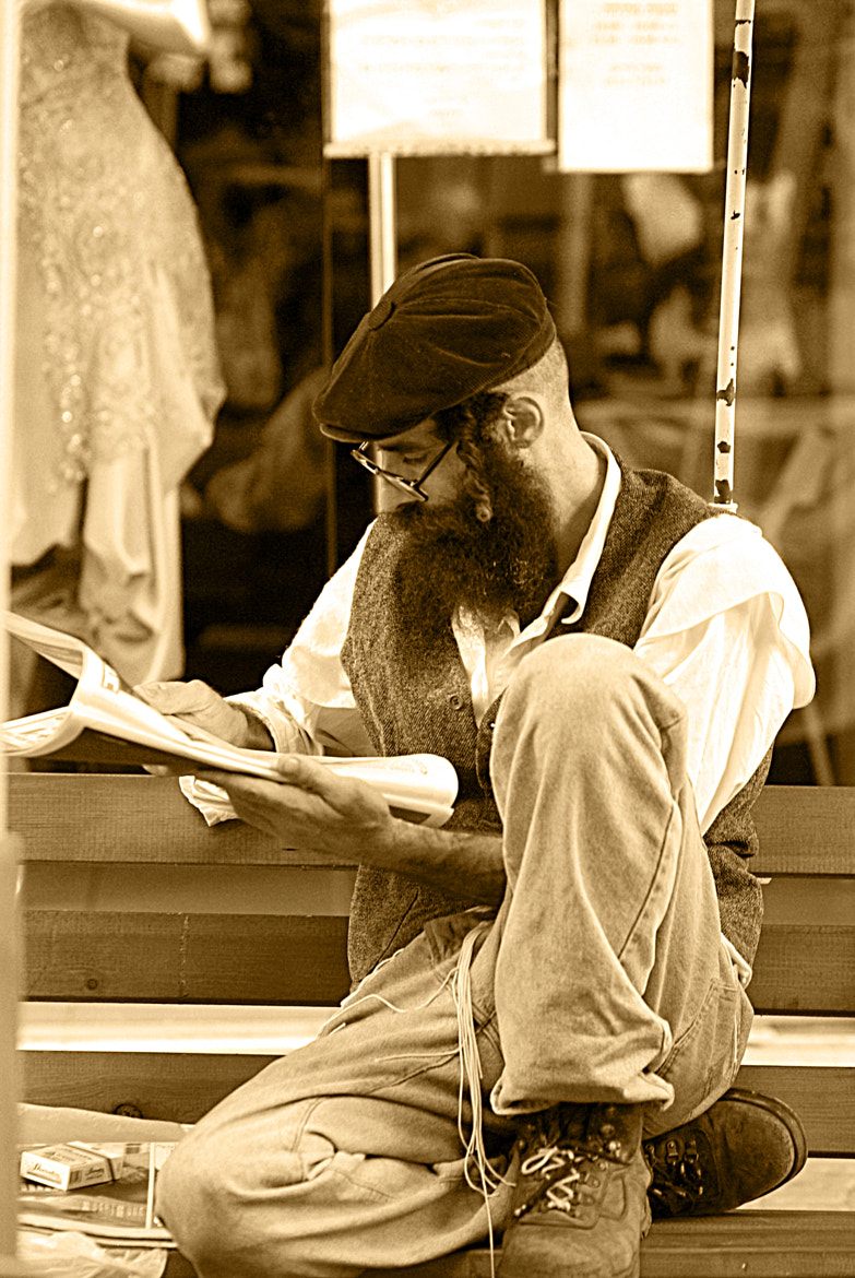 Photograph Morning read ... by Arthur Talkins on 500px
