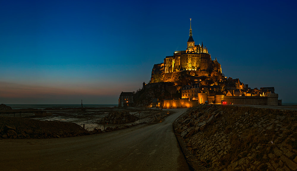 Photograph Dusk at Saint Mont Michel by Jose Hamra on 500px