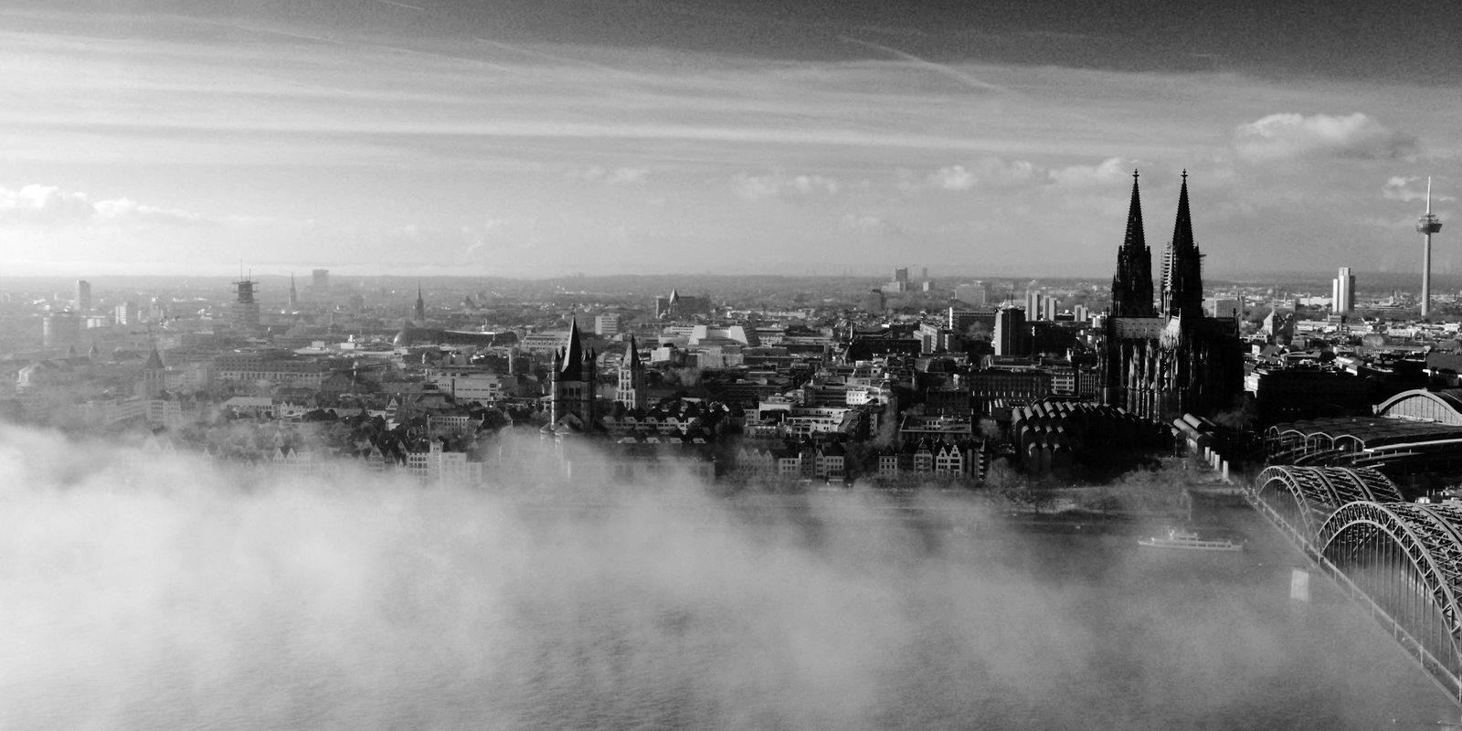 Photograph Foggy cologne B&W  version by Jürgen Keil on 500px