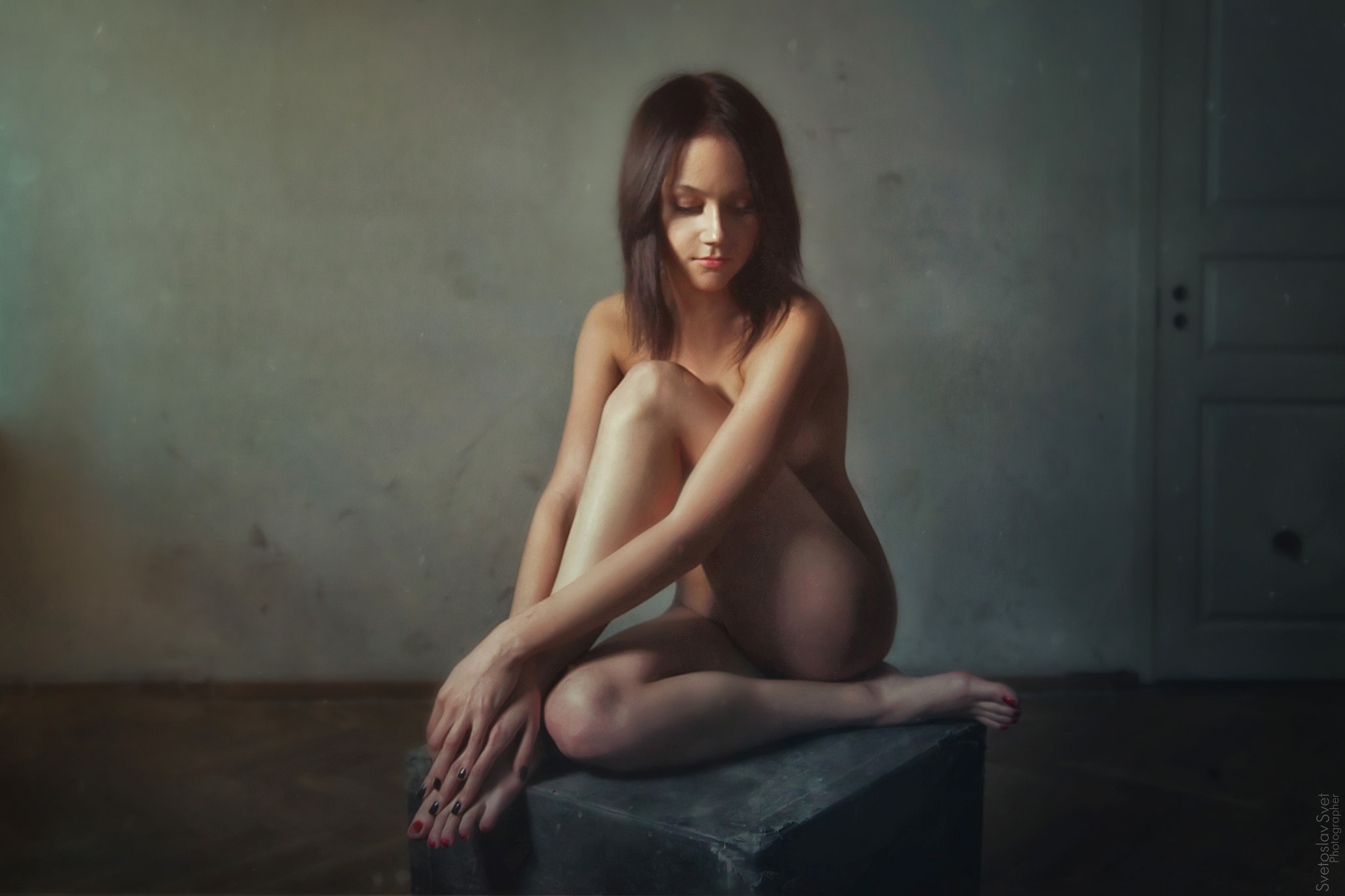 Photograph Girl on a cube by Светослав Свет on 500px