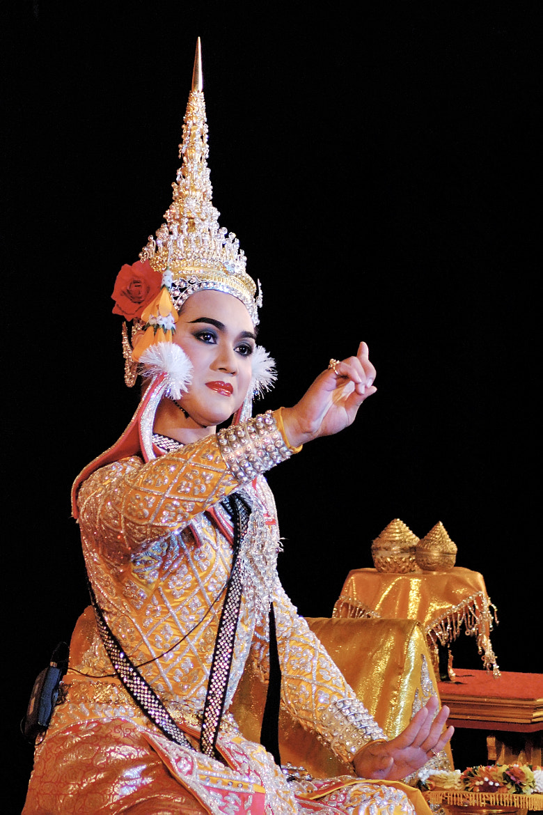 Photograph Thai traditional dramatic performance by Anake Seenadee on 500px