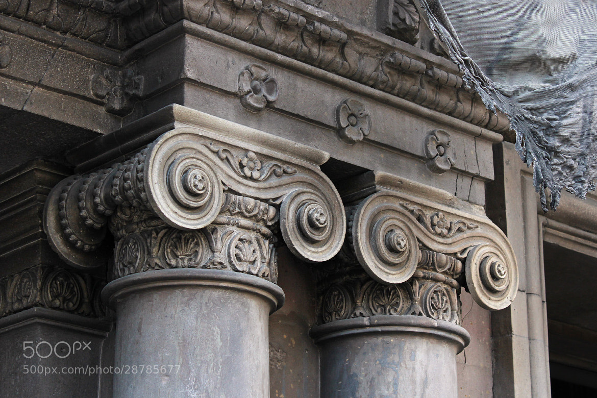 Photograph Capitals / Capiteles by Luis Alberto Alvarez on 500px