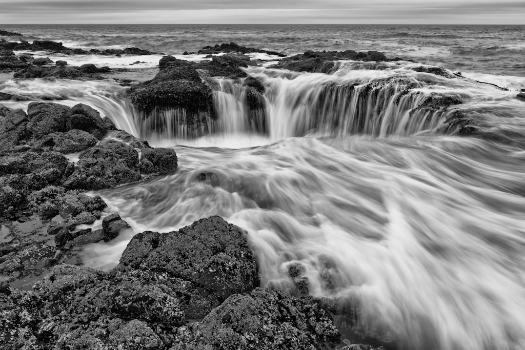 Photograph Thor's Well by Ryan Painter on 500px