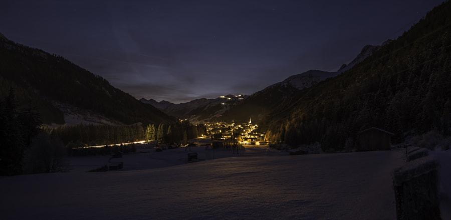 Nightview of Sankt Anton am Arlberg (Austria) by Dirk Van Geel on 500px.com