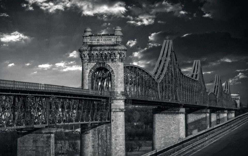 Photograph ANGHEL SALIGNY BRIDGE by Adrian Penes on 500px