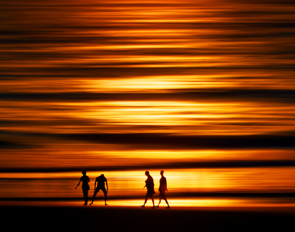 Photograph Silhouette of gold by ARIK KFIR on 500px