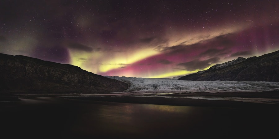 Lights Over Fláajökull by Jonathan Zdziarski on 500px.com