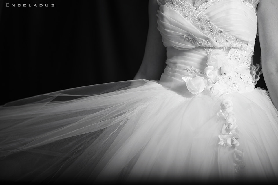 Photograph Wedding Dress by [ Enceladus ] on 500px