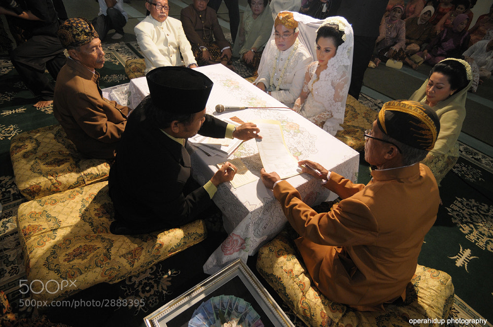 Photograph SUNDANESE WEDDING by OPERAHIDUP PHOTOGRAPHY on 500px