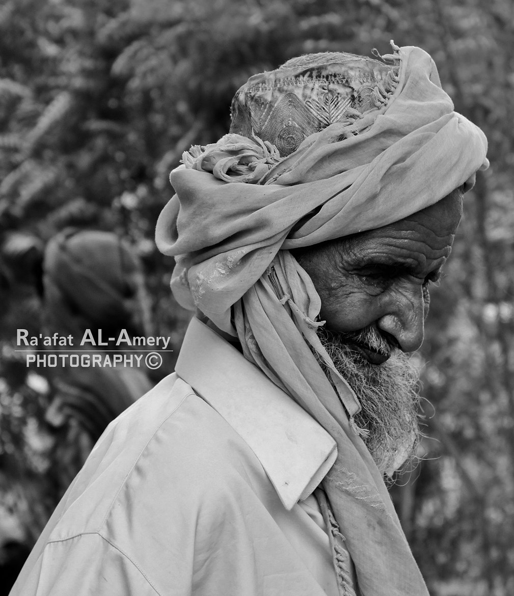 Photograph Old man by Ra'afat Al-Amery on 500px
