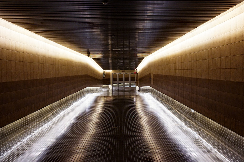 Photograph #22: 24-10-2011 - PATH Tunnel, Toronto by Ren Bostelaar on 500px