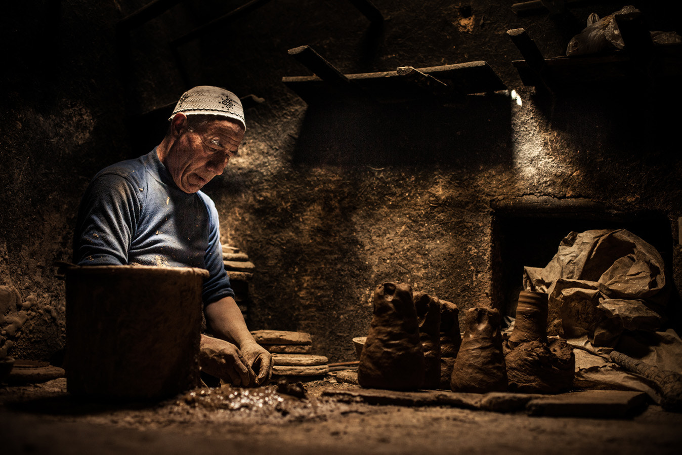 Photograph The potter by Philippe CAP on 500px