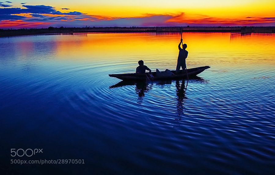 Photograph Working in dawn by Amateur Pic on 500px