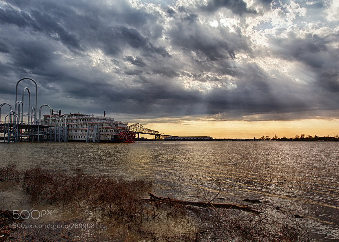 """Photograph """"Mississippi Queen"""" Riverboat by Darrell Miller on 500px"""