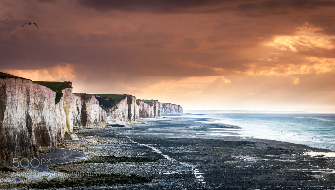 Photograph Falaises, Ault, France by Rudy Denoyette on 500px