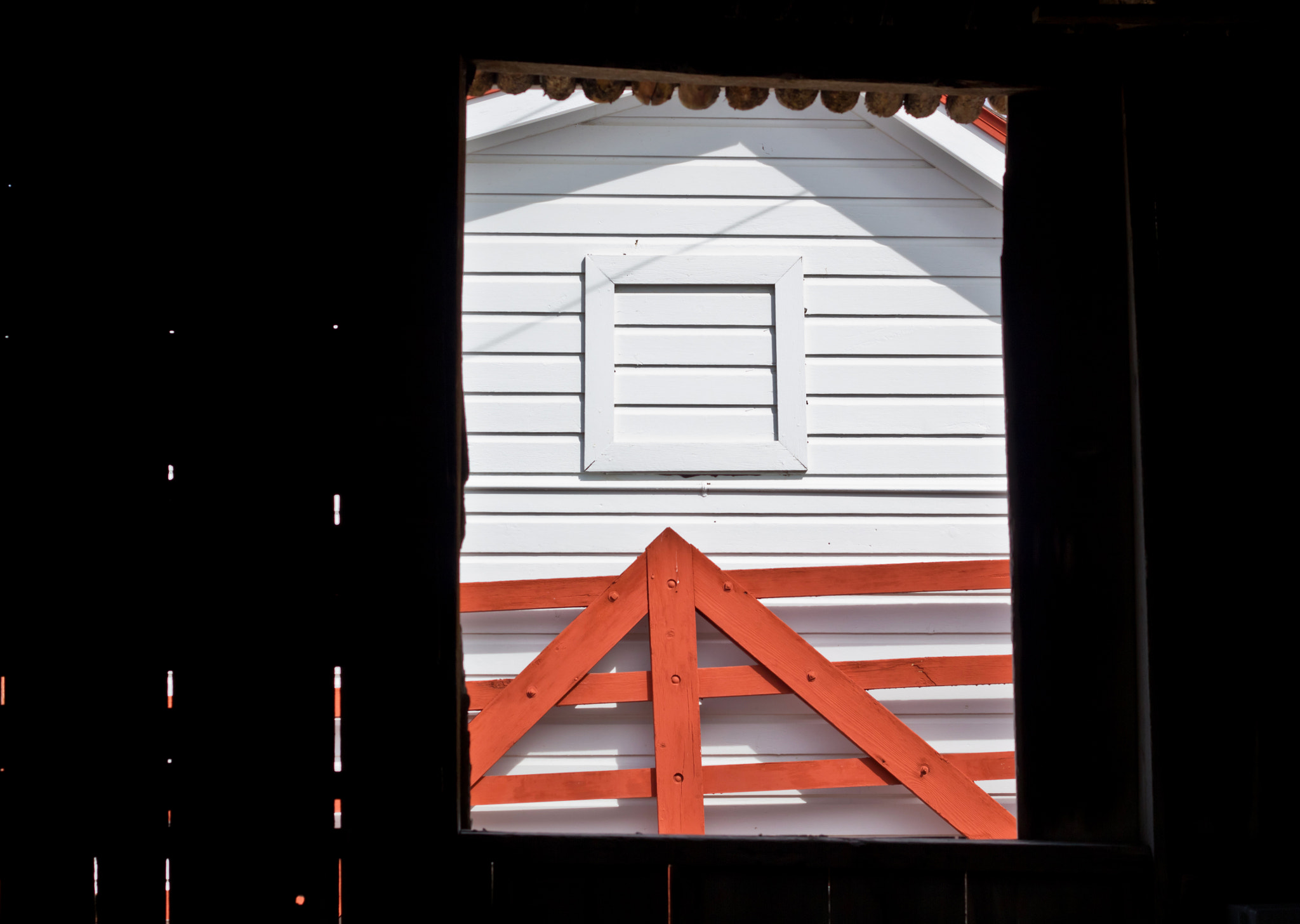 Photograph FROM BUNKHOUSE TO BARN by Elizabeth Tool on 500px