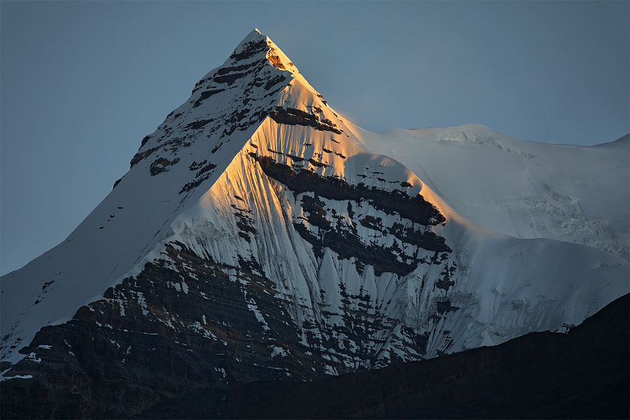 Sunrise on the mountain peak Pokarkang (6373m) by Сергей К on 500px.com