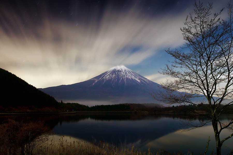 This place is lake Tanukiko in Shizuoka pref. Japan under the moon light. Shutter speed is 180 seconds. (taken at 10:02 PM)