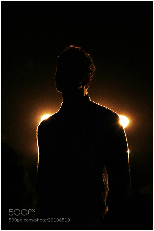 Photograph RIM LIGHT by vinodh prasanna on 500px