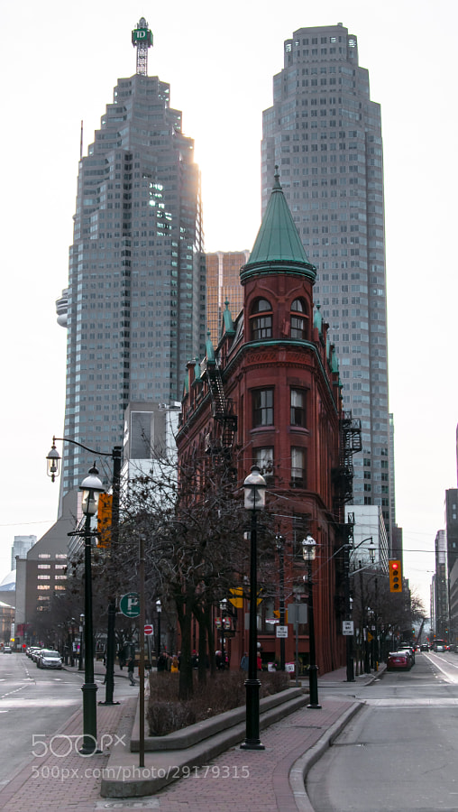 Classic view of Toronto's Flat Iron Building