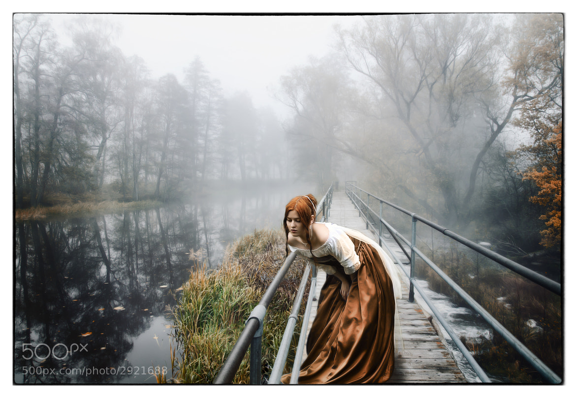Photograph Girl on a bridge by Miguel Colinet on 500px