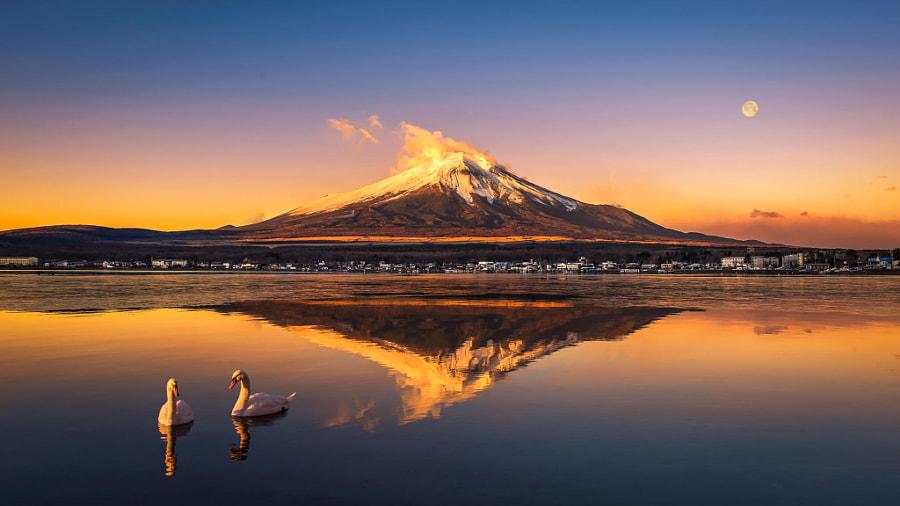富士山下 by 西风瘦马 on 500px.com