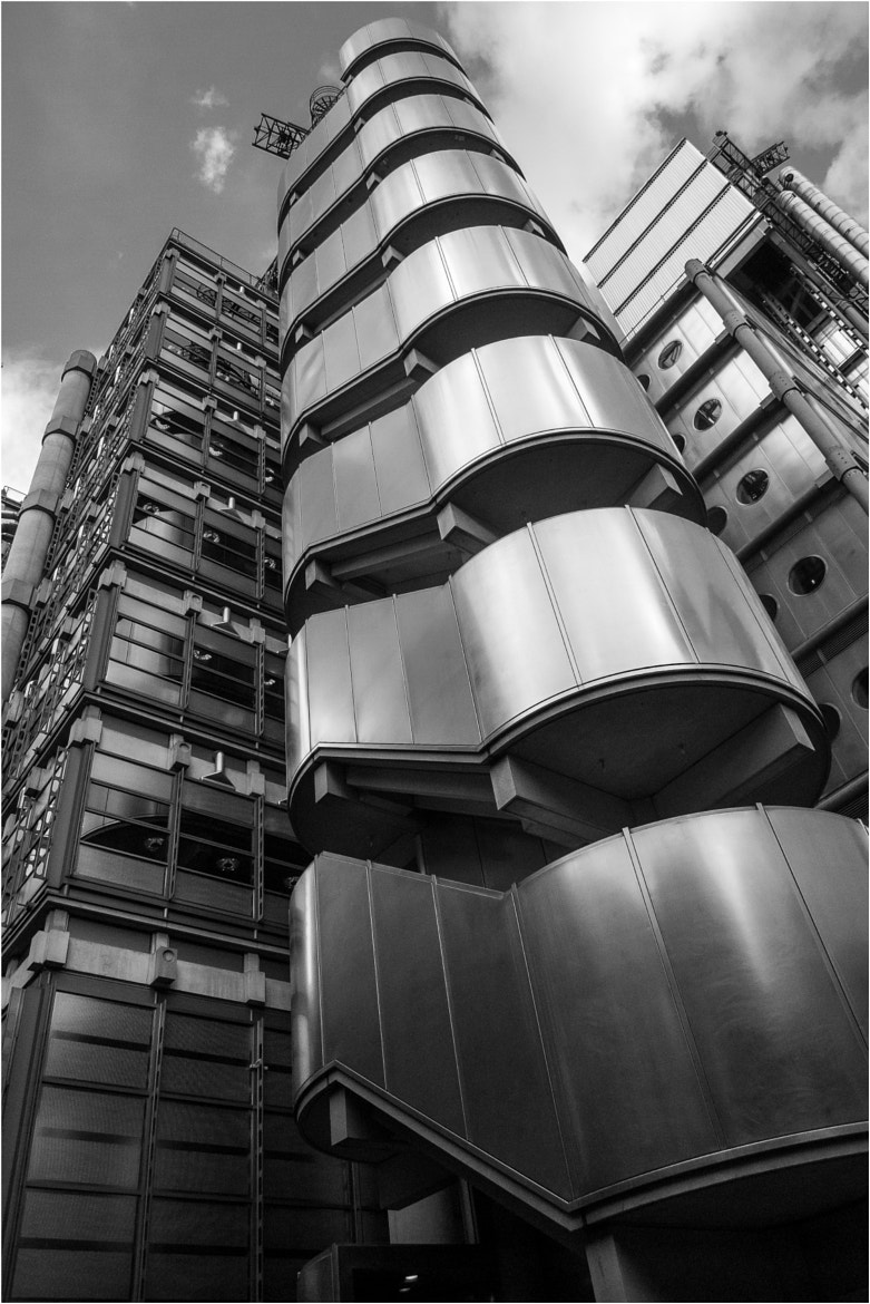 Photograph Loyds Building by toby haskins on 500px