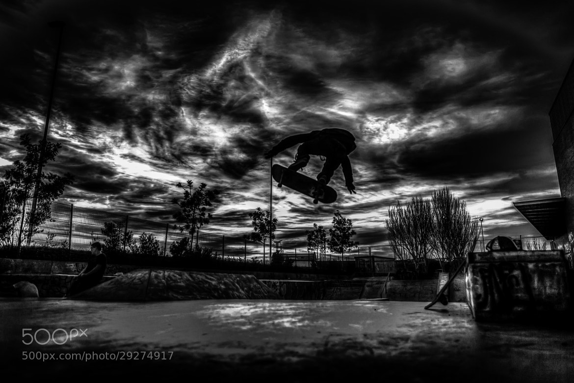 Photograph Flying in the sk8 park by Sun Psm on 500px