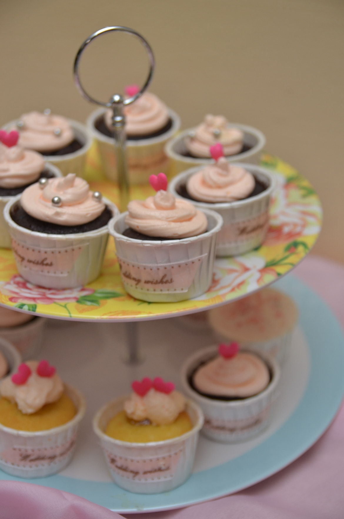 Photograph Cupcake by Wiss Click on 500px