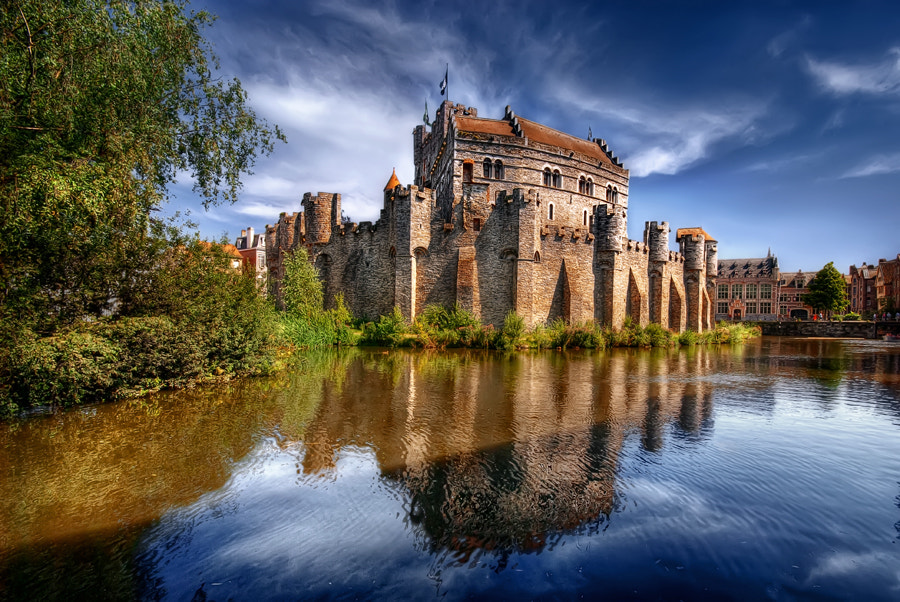 Photograph Gravenstein Castle, Gent, Belgium  by Iván Maigua on 500px