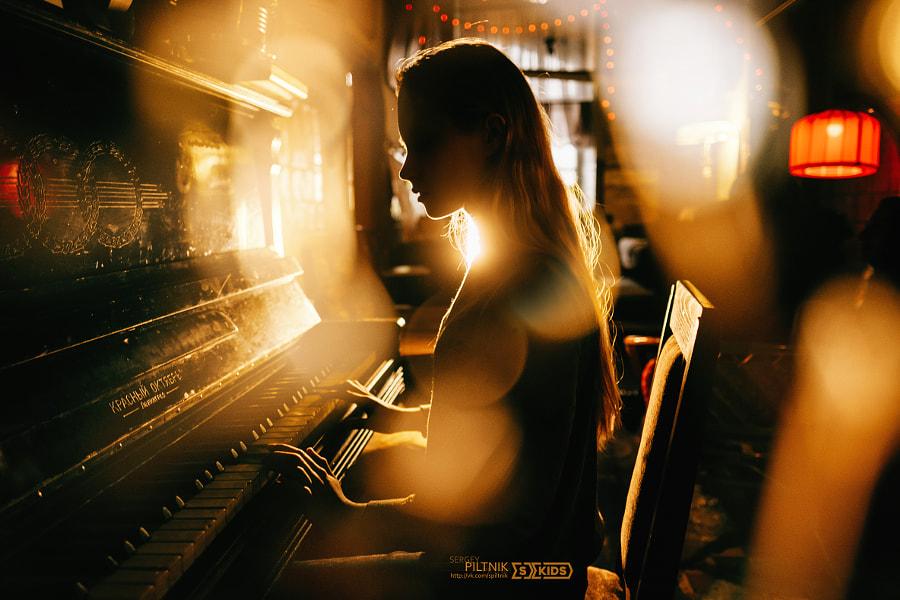 Piano by Sergey  Piltnik (Пилтник) on 500px.com