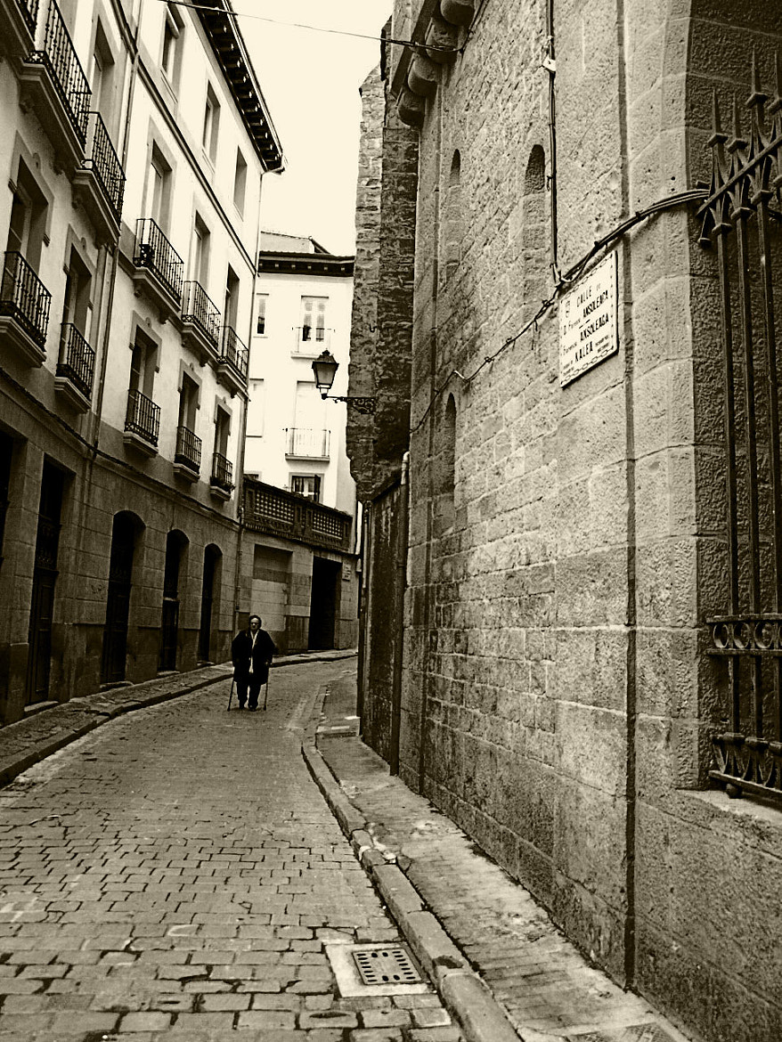 Photograph Calle Ansoleaga by Javier  on 500px
