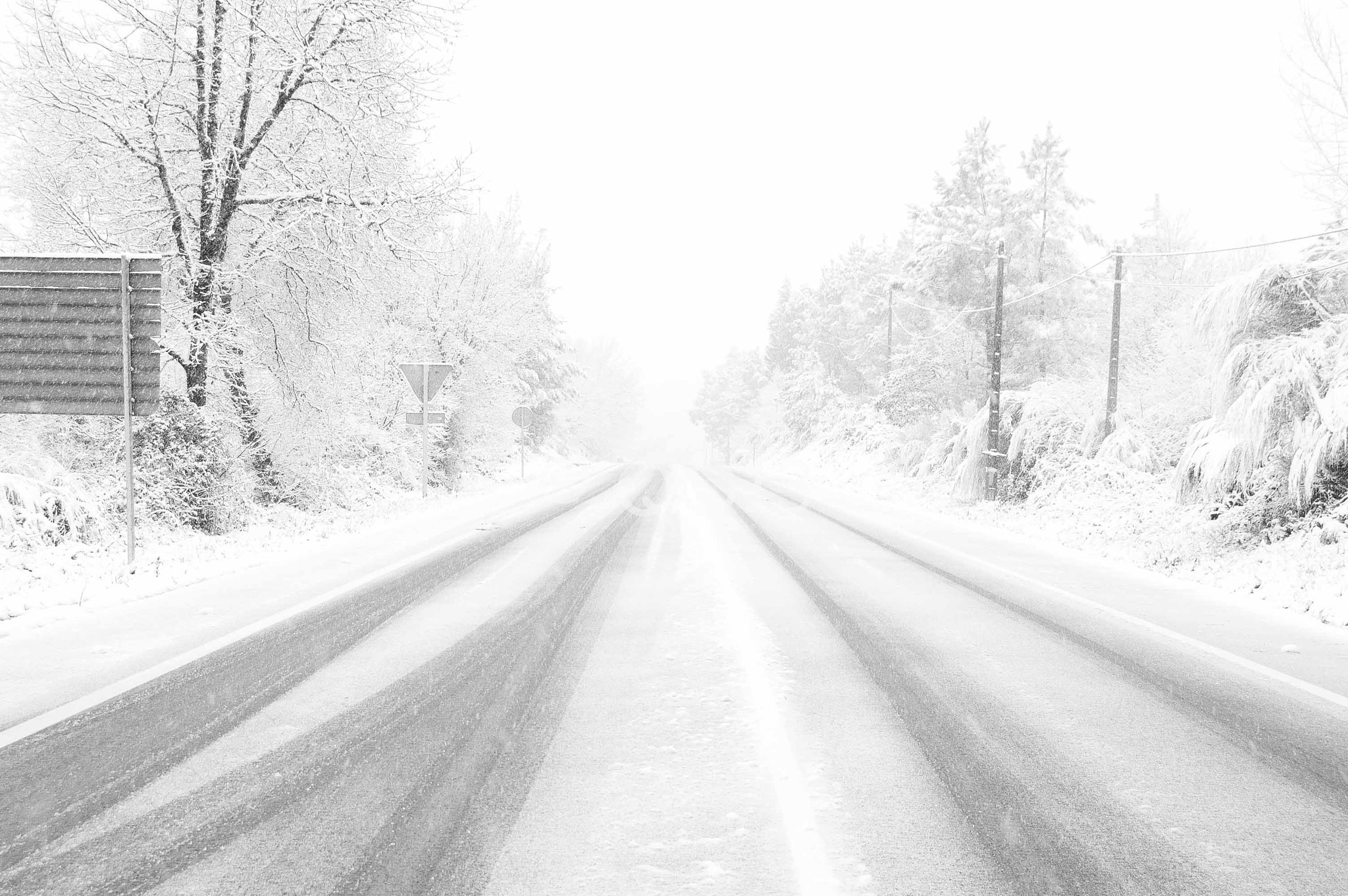 Photograph SNOW ON THE ROAD by Kike Martínez  on 500px
