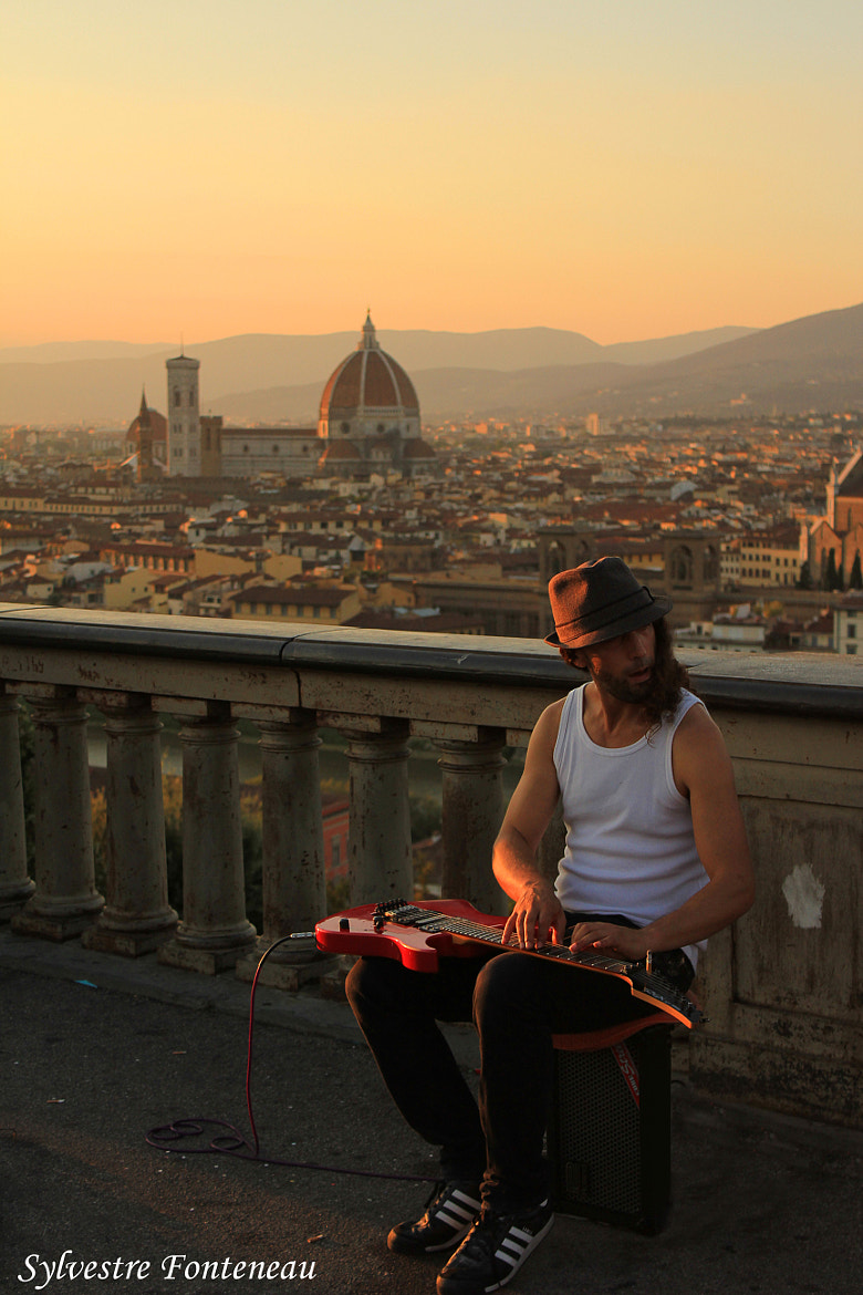 Photograph Duomo and Guitarist by Sylvestre Fonteneau on 500px