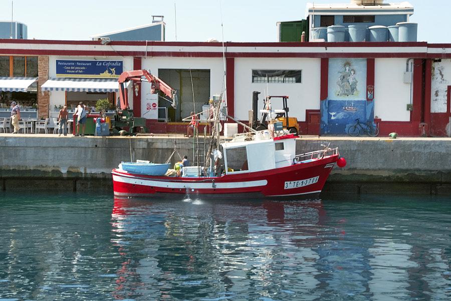 Barco Pesquero Faenando I.L.P.G.C. by Marco Aº Garcia on 500px.com