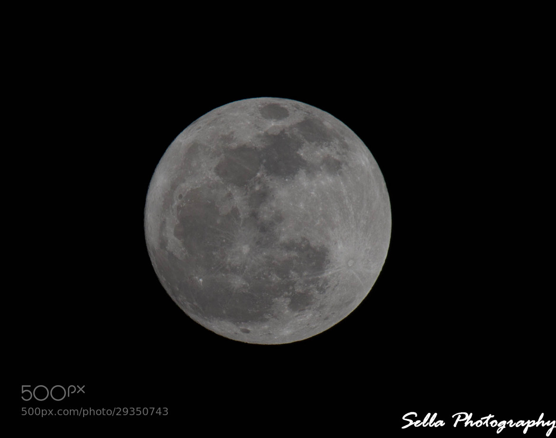 Photograph Moon by Sellappan Subbiah on 500px