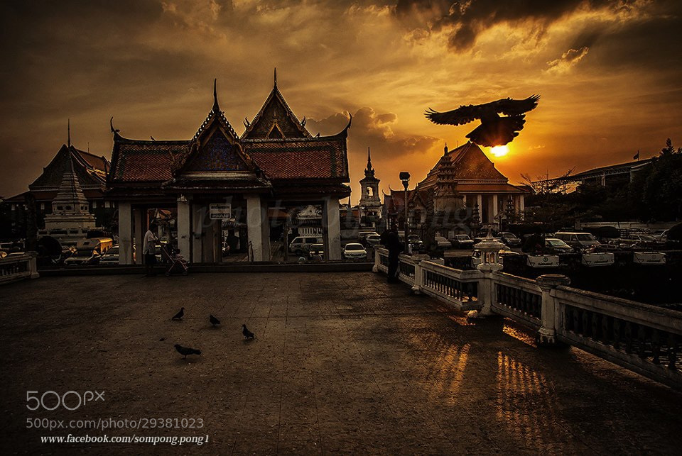 Photograph Wat Kalayanamit Bangkok THAILAND by Sompong Pong on 500px