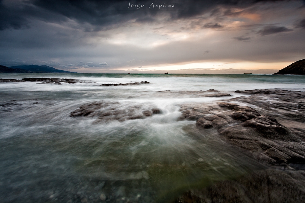 Photograph Esperando la tormenta II by Inigo Aspirez on 500px